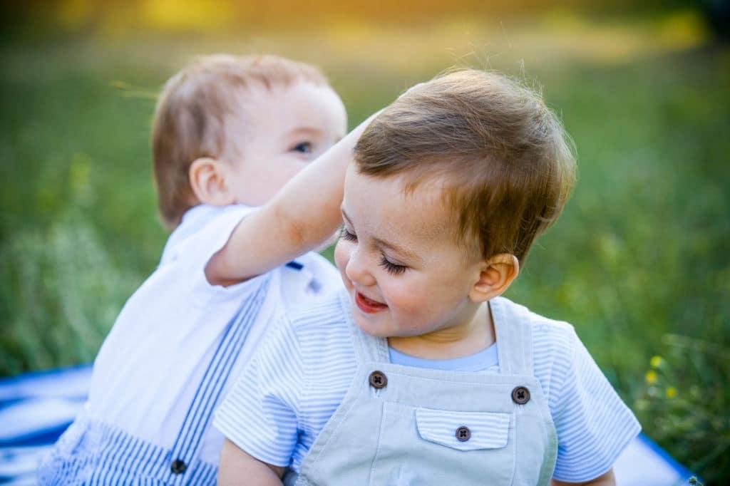10 Consejos para ser madre de gemelos consejos para ser madre de gemelos